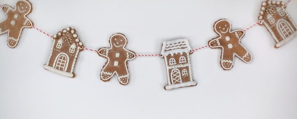 Christmas Activities for Adults: Keep Busy at Home